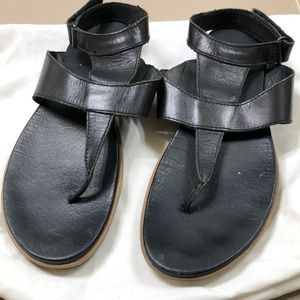 Sorel women's sandals, size 11